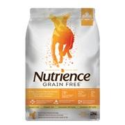 Aliment Nutrience Sans grains pour chiens, Dinde, poulet et hareng, 5 kg (11 lbs)