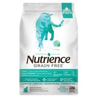 Aliment Nutrience Sans grains pour chats d'intérieur, Dinde, poulet et canard, 2,5 kg (5,5 lbs)